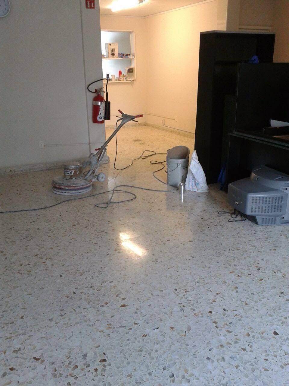 Pulido de piso granito o terrazo pulido de pisos acme for Pulido de pisos de granito